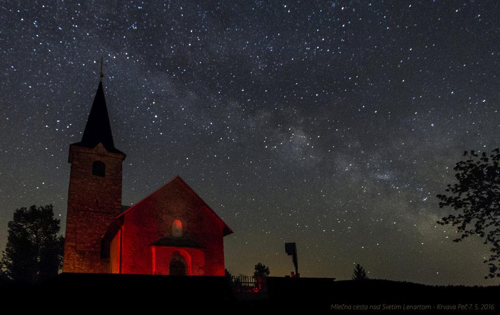 Mlečna cesta nad sv. Lenartom (Foto: Jure Knafelc)